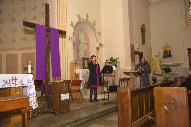 Viola Brzezinska and fr Michal visit in our parish – February 2015
